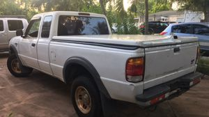 1999 Ford Ranger pick-up/ cober for Sale in Miami, FL