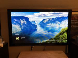 Pioneer Elite 50 inch plasma tv with receiver and remote for Sale in Naperville, IL