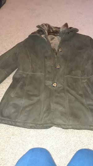 Fur vest bought by 1500 for Sale in Monroe, WA