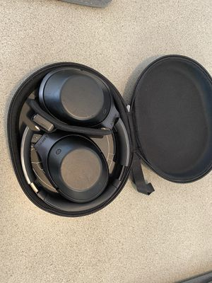 Sony MDR 1000X Bluetooth Wireless Over-Ear Headphones with Mic and NFC - Noise-Canceling for Sale in Dunstable, MA
