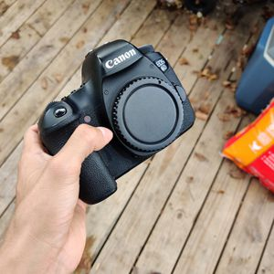 Canon 6D w/ Extras for Sale in Porter, TX