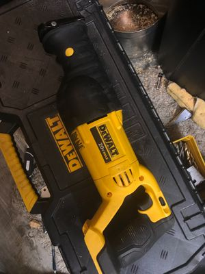 Dewalt 20 volt variable speed reciprocating saw for Sale in Tacoma, WA