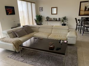 White Leather Couch for Sale in Boynton Beach, FL