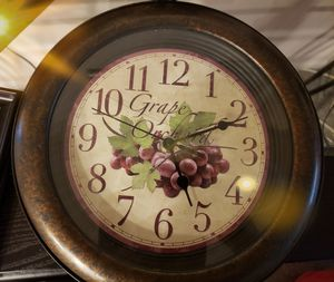 Wall clock for Sale in Westerville, OH