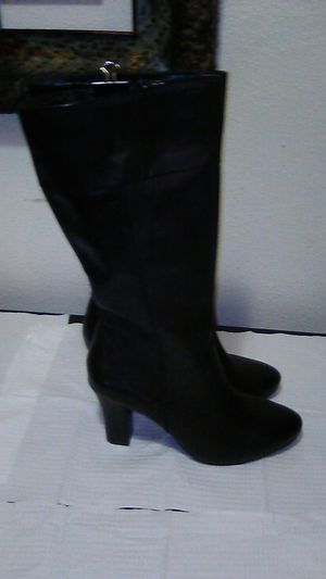 A.N.A BLK LEATHER BOOTS for Sale in Gresham, OR