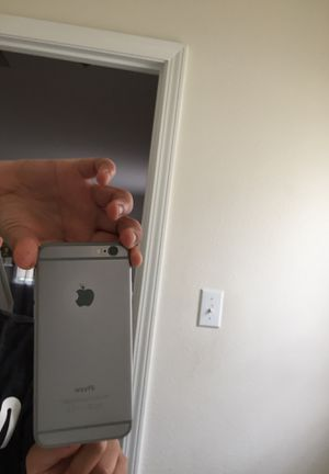 Iphone 6 unlocked for Sale in FT LEONARD WD, MO