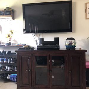 52 inch tv And Home Theater System for Sale in Tampa, FL