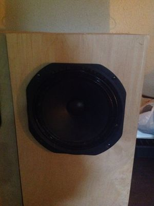 8 inch audio nirvana speaker in a box for Sale in St. Louis, MO