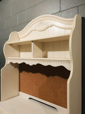 Girl's 6-Piece Bedroom Set for Sale in Aliquippa, PA