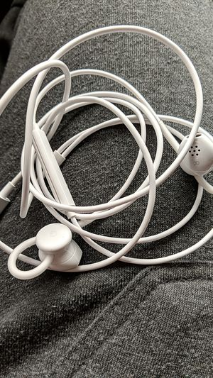 Google type-c earbuds for Sale in Arcadia, CA