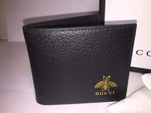 Gucci Bee Black Leather Wallet Authentic for Sale in Queens, NY