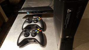 250gb Xbox 360 w/ Kinect and 7 games for Sale in Bellevue, WA