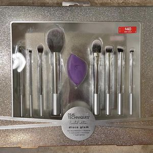 Real Tecniques Special Edition Brushes for Sale in Windsor, CT