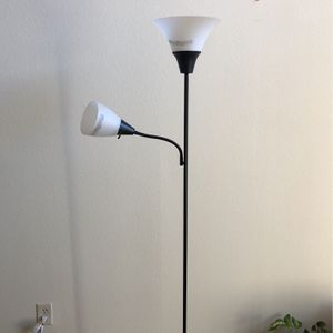 Lamp With Flexible And Bendable Two Prongs for Sale in Buena Park, CA