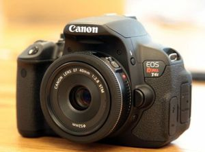 Canon T4i - Body only , mint condition for Sale in Santa Clara, CA