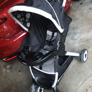 Graco Stroller Like New Condition for Sale in Hartford, CT