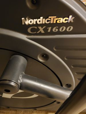 NordicTrack CX1600 Elliptical for Sale in Clinton, MD