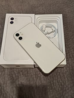 Iphone 11 64GB With Box And Charger for Sale in Arlington,  VA