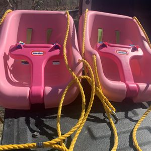 Little tikes swings $10 each or $20 for both for Sale in Tolleson, AZ