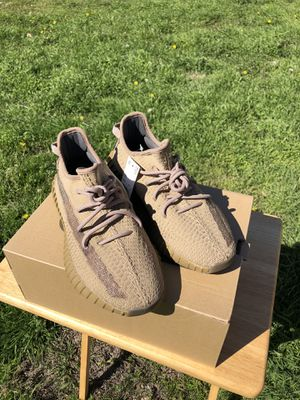 BRAND NEW ADIDAS YEEZY BOOST 350 V2 EARTH sz 7.5 for Sale in Red Oak, TX