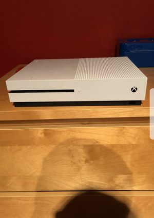 Xbox One S 1TB 3 Month Live/ 3 Month Game Pass Bundle for Sale in Chicago, IL