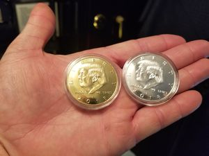 Trump Coins!! Gold and Silver in Color!! Great Collectors Pieces!! for Sale in Choctaw Beach, FL