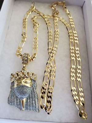 28 inch 14K Gold plated link Chain and Jesus pendant for Sale in Los Angeles, CA