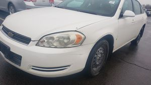 2008 Chevy impala with 147,000 miles 3.9L Runs and Drive Good, car is in good condition, asking only $2850 for Sale in St. Louis, MO