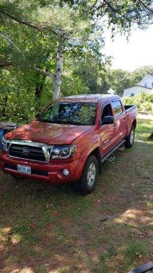 2007 Toyota Tacoma extended cab 4x4 for Sale in LONG A Township, ME