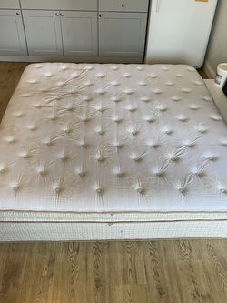 King Size Mattress!! for Sale in Dallas,  TX