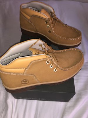 Men's Timberland Short ankles $100. Size 9 runs a 1/2 size big for Sale in Castro Valley, CA