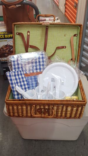 Wicker picnic basket for Sale for sale  Bronx, NY
