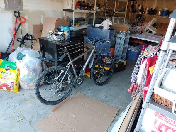"""Commencal 26"""" Mountain Bike"""