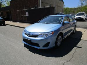 2012 Toyota Camry Hybrid for Sale in Paterson, NJ