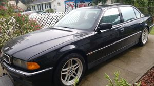 Mercedes BMW 750i 1998 for Parts or Whole Car for Sale in Tampa, FL