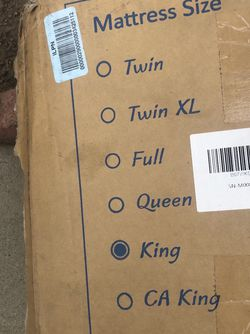 Brand New Inner Coil And MemoryFoam King Size Mattress, 10inches Thick for Sale in Fowler,  CA