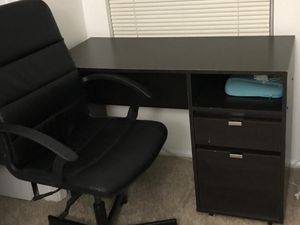 Table + Swivel chair for Sale in Lansdowne, VA