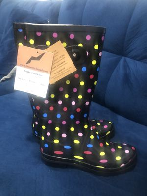 Rain boots for Sale in White Plains, MD
