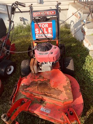 Toro 48 inch and Gravley 32 inch commercial mowers for Sale in Copiague, NY