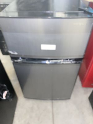 Insignia mini refrigerators brand new for Sale in Shaker Heights, OH