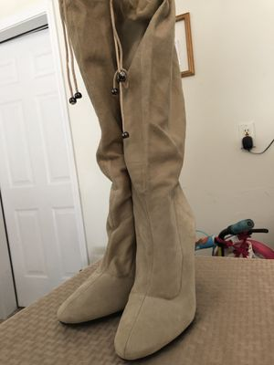 Stylish Steven by Steve Madden Off White Suede Leather Knee High Boots, Sz 9.5M for Sale in Orange Park, FL