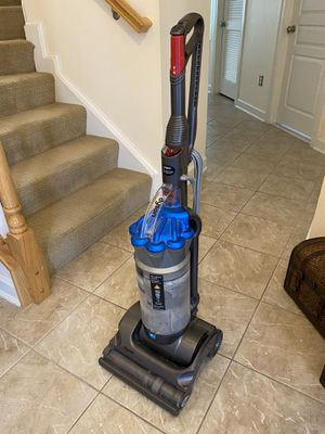 Dyson model DC-17 vacuum—works great, selling because purchased new model for Sale in Frederick, MD