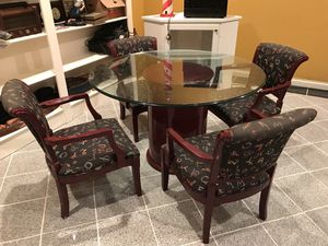 Glass Table with 4 Nice Chairs Great Condition for Sale in Marysville, OH