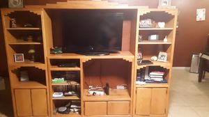ENTERTAINMENT CENTER for Sale in Ceres, CA