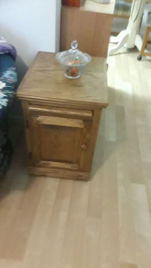 Oak End Table for Sale in Mesa, AZ