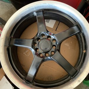 Akuna 18x7.5 for Sale in Tulare, CA