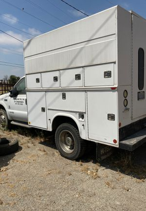 Ford F450 manual transmission for Sale in Riverside, CA