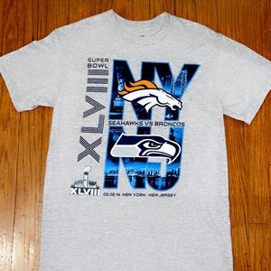 NFL SUPERBOWL SEAHAWKS VS BRONCOS T-SHIRT for Sale in Chicago, IL