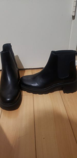 Zara chunk boots for Sale in Cypress, CA