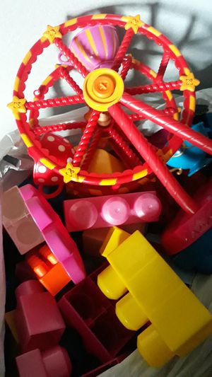 Free mega blocks & ferris wheel toys for Sale in Springfield, OR